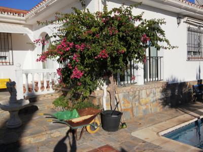 Villa en venta en Jardin Tropical, Manilva