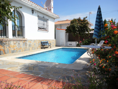 Manilva,SUPERB 4 BEDROOM (all on one level) VILLA **  RESIDENTIAL LOCATION ** PRICED TO SELL