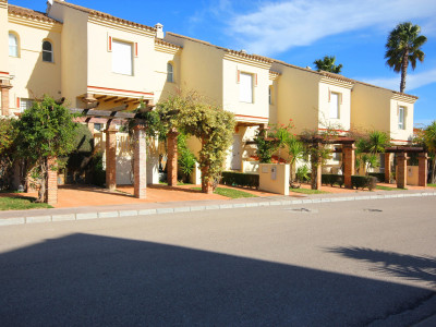 Town House in  Manilva