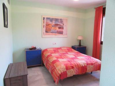 Semi Detached House en venta en La Duquesa Golf, Manilva