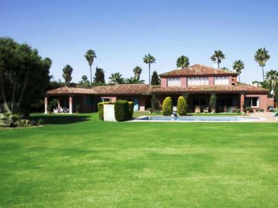 Villa for rent in Sotogrande Costa, Sotogrande