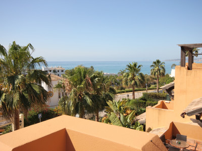 Estepona,FANTASTIC TOWNHOUSE WALK ABLE TO ESTEPONA PORT++SEA VIEWS++GREAT LOCATION