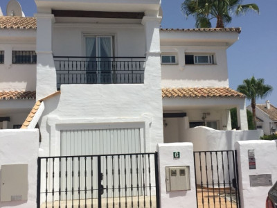 Town House for sale in Nueva Andalucia - Nueva Andalucia Town House - TMRO-R3217099