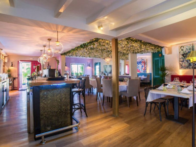 Restaurant for sale in Nueva Andalucia - Nueva Andalucia Restaurant - TMRO-R3209668