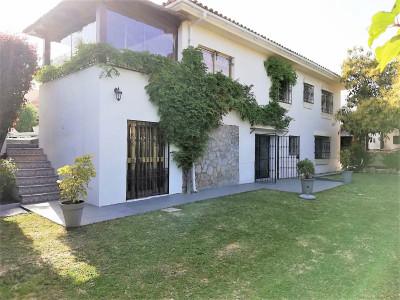 Villa for sale in Nueva Andalucia - Nueva Andalucia Villa - TMRO-R3358702