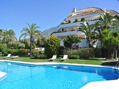 Ground Floor Apartment for sale in Marbella Golden Mile - Marbella Golden Mile Ground Floor Apartment - TMRO-R3163057