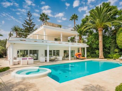 Villa for sale in Nueva Andalucia - Nueva Andalucia Villa - TMRO-R3436105