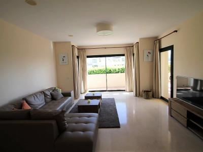 Ground Floor Apartment for sale in Benahavis