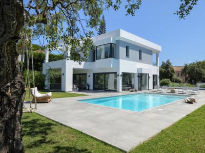 Villa for sale in Hacienda las Chapas - Marbella East Villa - TMRO-R2611472