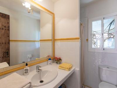 Villa for sale in El Rosario, Marbella East
