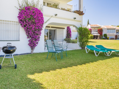 Nueva Andalucia Ground Floor Apartment for Sale