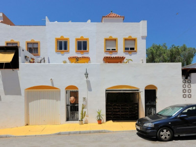 Town House for sale in Marbella - Marbella Town House - TMRO-R3216379