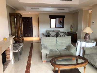 Ground Floor Apartment for sale in La Mairena, Marbella East