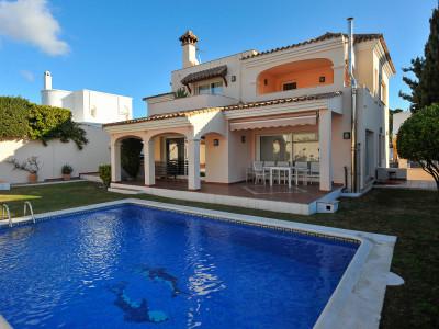 Villa for sale in Nueva Andalucia - Nueva Andalucia Villa - TMRO-R3066415