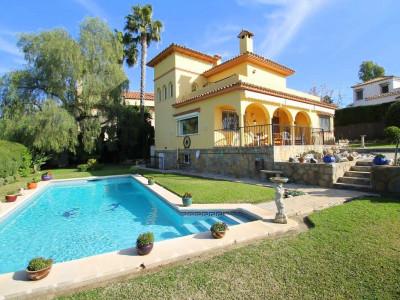 Villa for sale in San Pedro de Alcantara - San Pedro de Alcantara Villa - TMRO-R3068839