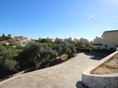 Residential Plot for sale in Elviria, Marbella East