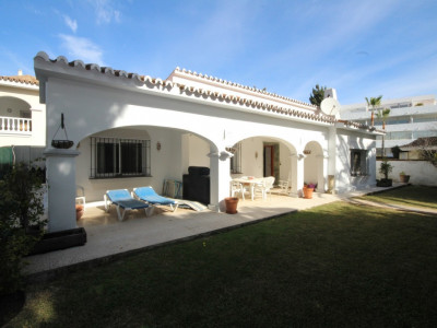 Semi Detached Villa for sale in Elviria - Marbella East Semi Detached Villa - TMRO-R113411