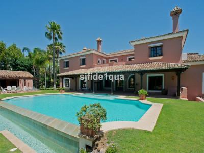 Villa for sale in Guadalmina Baja - San Pedro de Alcantara Villa - TMRV0926