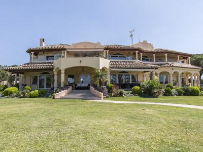 Villa for sale in Hacienda las Chapas - Marbella East Villa - TMRO-R2889824
