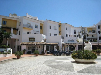 Ground Floor Apartment for sale in Cabopino - Marbella East Ground Floor Apartment - TMRO-R134049