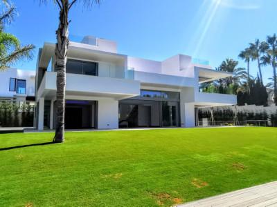Villa for sale in Guadalmina Baja - San Pedro de Alcantara Villa - TMRO-R2754428