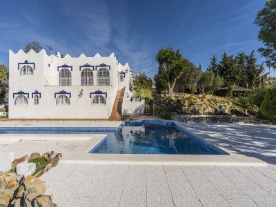 Villa in Doña Julia, Casares