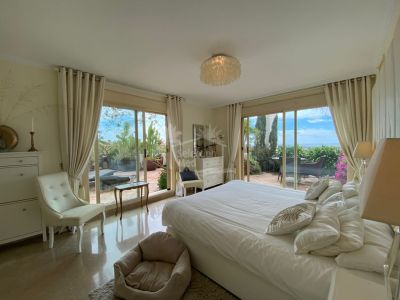 Duplex Penthouse in Palacetes Los Belvederes, Marbella