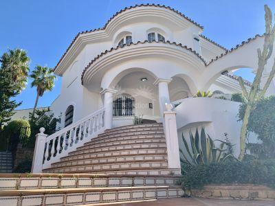Villa in Torrequebrada, Benalmadena