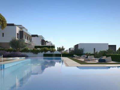 Villa Pareada en Atalaya Golf, Estepona