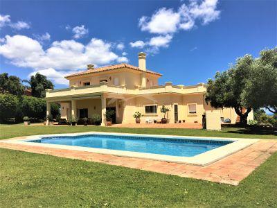 Villa en San Roque Golf, San Roque