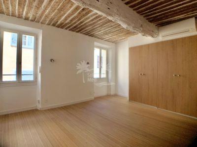 Apartment in Valbonne