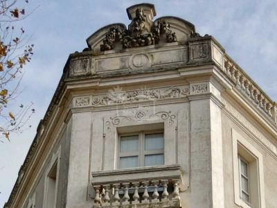Unique Building in Castelnaudary
