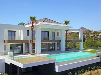 Villa en Los Flamingos Golf, Benahavis