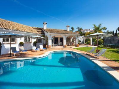 Villa en El Rosario, Marbella