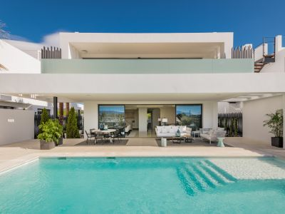 Beautiful project of 7 villas in Altos de Puente Romano on Marbella's Golden Mile