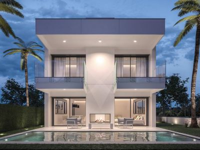 Luxury villas in a prime location on the beachside of Puerto Banús