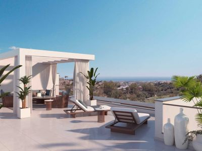 Very chic apartments and penthouses with spectacular views in the prestigious area of La Quinta