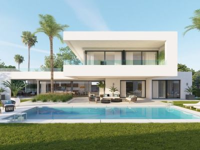 An elegant and exclusive retreat of high quality modern villas in a gated community in Nueva Andalucía