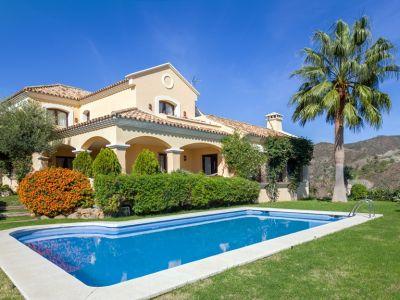 Villa de estilo rústico en Las Lomas de La Quinta