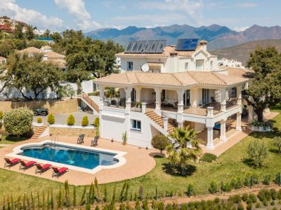 Villa con vistas al mar en La Mairena, Elviria - Marbella Este