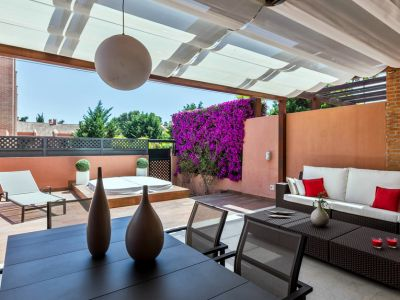 Spacious townhouse for sale next to the beach in Los Monteros Marbella