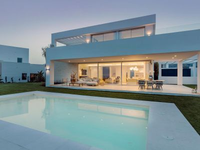 Villa moderna a estrenar en La Finca de Marbella