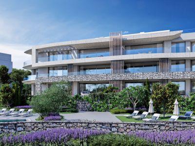 Garden apartment with panoramic sea views