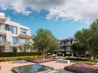 Extraordinary contemporary style apartment in La Quinta