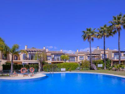 Villa à louer dans Marbella - Puerto Banus