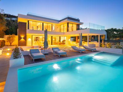 Residenz im Resort-Stil mit spektakulärem Blick im Las Brisas