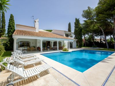 Charming villa in Los Monteros Playa