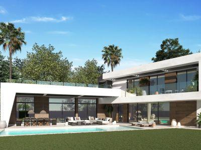 Villa moderna en ubicación privilegiada en Guadalmina Baja