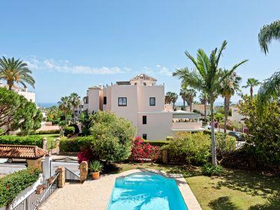 Preciosa Villa estilo andaluz en Elviria