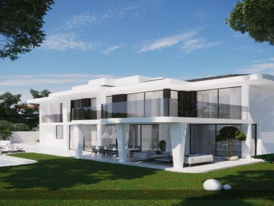 Villa with renovation license next to the beach
